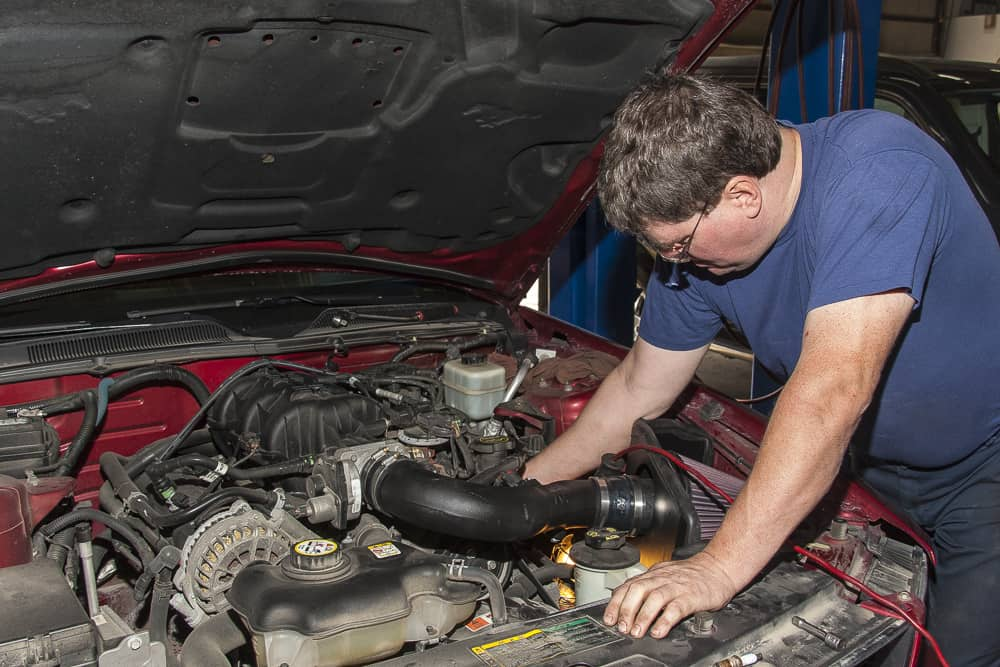 Auto Mechanic in Winnipeg